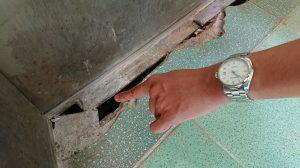 Hệ thống thang máy của BVĐK tỉnh Đắk Nông hư hỏng và xuống cấp