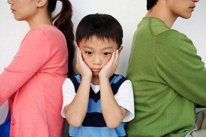 Cha mẹ ly hôn, đứa con sẽ bị ảnh hưởng nhiều nhất.