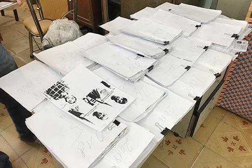 Gần 50 kg giấy tờ thể hiện việc cho vay tiền
