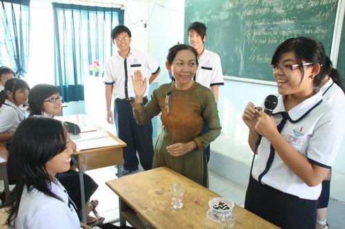 Gợi ý đổi mới mô hình đào tạo sư phạm như trường y